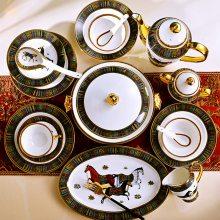 景德镇高档骨瓷家用碗盘 欧式宫廷描边陶瓷餐具套装 定做送礼礼品