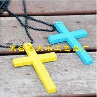 供应小十字架 手链木十字架 吊坠木十字架 雕刻木十字架