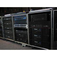 单15全频主音箱4只,功放1台,16路专业调音台1台,无线咪,咪架,笔记本电脑线缆,DJ师等配套