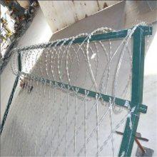 刀片刺网 墙头防攀爬刺网 刺绳厂家