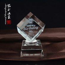 员工职工水晶生日内雕礼品定制,水晶内雕玫瑰花生日蛋糕,开业周年水晶内雕小礼品定做