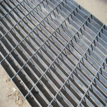 工业平台钢格板 排污池格栅板 踏步板厂家