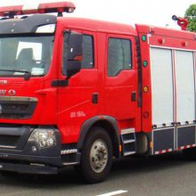 湖北江南重汽6吨水罐消防车--重汽消防车厂家--重汽消防车价格