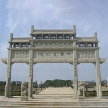 嘉祥石雕石牌坊价格取决于雕刻工艺和造型样式