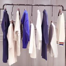 一线品牌折扣女装批发 品牌女装尾货一手货源 品牌服装折扣店
