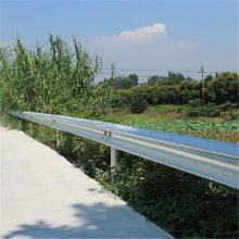 信阳高速护栏板 q235波形梁钢护栏板 高速公路防撞护栏板仁久生产厂家