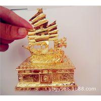 供应锌合金铸造工艺品帆船模型 一帆风顺吉词3D办公室书桌摆件