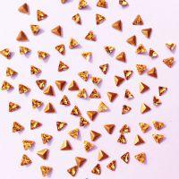厂家新品 4mm三角金黄尖底玻璃 K9异形水晶钻 手表表带等饰品配件
