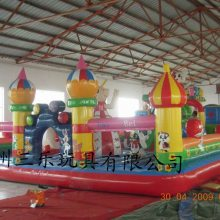 新疆乌鲁木齐新款儿童大型充气城堡设备定制厂家