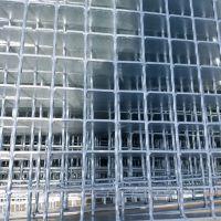 海唐定制热镀锌钢格板直销石家庄楼梯踏步板平台板