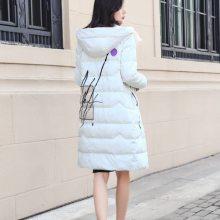 第五朵休闲时尚羽绒服进货渠道 广州健凡女装折扣走份批发