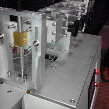 电动汽车用高压连接器插拔力装置