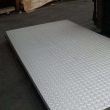 现货304热轧不锈钢花纹板 日本不锈钢防滑板 s30408不锈钢板