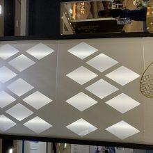 山姆会员商场电梯两侧镂空透光铝单板 -尺寸定制