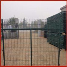 阜新铁丝网围栏 边防证铁丝网 养殖围栏网怎么卖