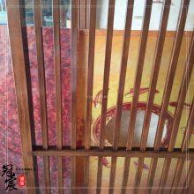 商场电梯幕墙装饰用不锈钢木纹板 商场大堂天花木纹铝格栅