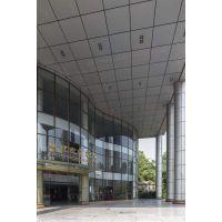 广州三元里亚朵酒店造型铝单板-生产折弯中