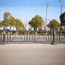 耐腐蚀景区草坪护栏_禾迈白蓝色护栏_Pvc塑钢白蓝色护栏现货