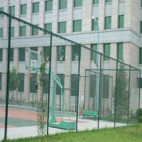 大同勾花网 带刺围墙网定额兴来 球场勾花网护栏价格