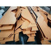 厂家定制云南木纹弧形铝方通亚博app官方 雕刻焊接波浪形木纹铝方通