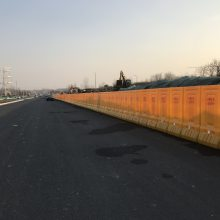 江苏淮安水马围挡防撞桶交通安全防撞隔离设施