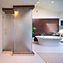 淋浴房中间磨砂膜贴多宽_邦臣玻璃磨砂膜
