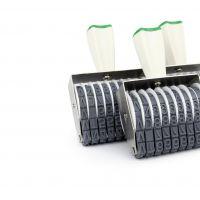愺`/9�`y�-9f_活字数字字母印章组合可调纸箱生产日期批号印章英文活动双排三排