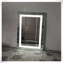 弘润玻璃供应学校宿舍壁挂美容镜 发光LED灯化妆镜定制