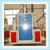 青岛供应低压硬泡发泡机 相框木线条生产设备 仿木家具制品