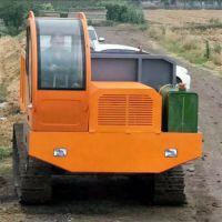 山地履带自卸车履带后卸式运输车运输中的战斗机