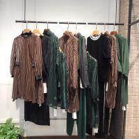 艾沸品牌折扣休闲欧美时尚版型上身简约大气正品连衣裙便宜女装批发