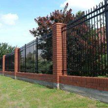 平舆 庭院锌钢围栏 锌钢栏杆 锌钢防护栏 锌钢围墙护栏主要的作用是什么?