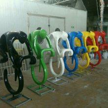 湛江花园地产运动主题景观雕塑 抽象骑行运动人物玻璃钢雕塑