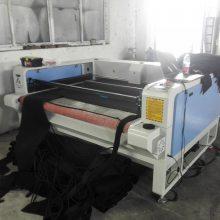 汽车座套避光垫激光切割机型号1610自动送料