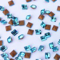 厂家直销 2*2湖水蓝尖底正方玻璃钻 仿捷克尖底钻 高档饰品配件