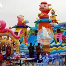 山西忻州广场充气淘气堡,大型攀岩气垫蹦床不同样式不同玩法