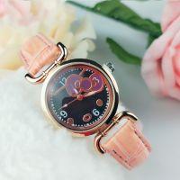 韩版时尚凯蒂猫儿童皮带手表 卡通花纹手表 大表盘儿童手表批发