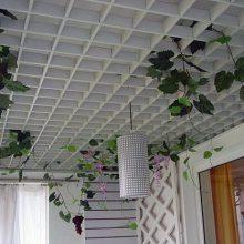 购物广场装饰吊顶木纹铝格栅-木纹铝格栅天花厂家