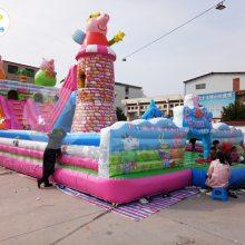 湖北随州广场大型蹦蹦床,儿童充气滑梯现场人气直线上升