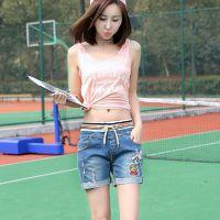 夏季破洞牛仔短裤女个性松紧腰修身显瘦热裤宽松大码浅色裤子代发