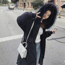 中高端品牌休闲棉服 时尚棉衣 轻便保暖 折扣女装批发