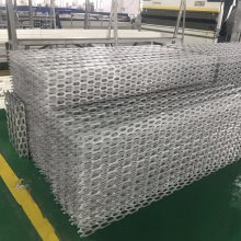 德普龙雕花镂空铝板_学校氟碳镂空铝板市场价格