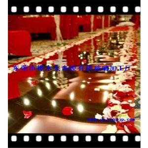 生产1*100米有机玻璃北京镜面地毯 婚庆镜面地毯 pet反光镜面地毯 镜子地毯
