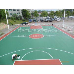 供应江海塑胶篮球场地施工/蓬江塑胶篮球场地面铺设
