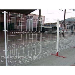 供应隔离栅(护栏网) 分类2 三角折弯护栏网 中昊交安