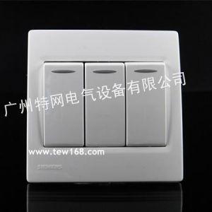 供应清远西门子开关插座面板 灵动白色/带荧光三位开关 开关插座报价