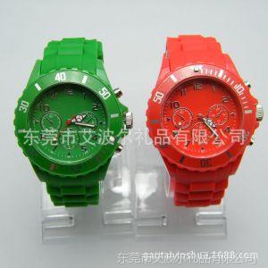 【小额批发】表厂长期供应环保硅胶手表 三眼手表 日本机芯 现货