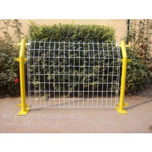 供应隔离栅(护栏网) 分类3 双边丝护栏网 中昊生产