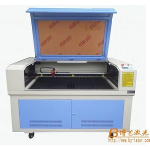 供应亚克力薄膜面板激光切割机