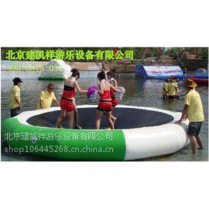 供应水上游乐设施充气水上漂浮物 水上乐园跷跷板 香蕉船 蹦极床